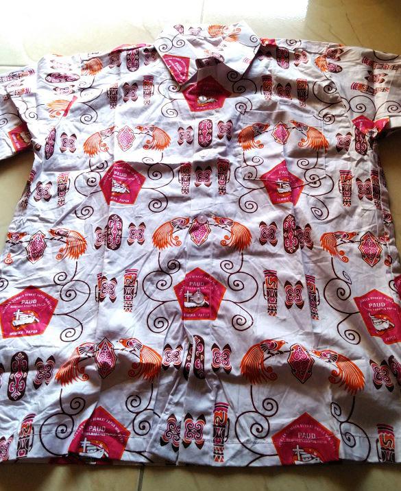 Batik TK Bahtera Harapan Papua Mimika